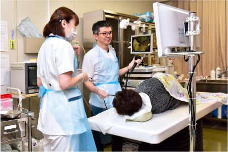 内科の検査中の様子